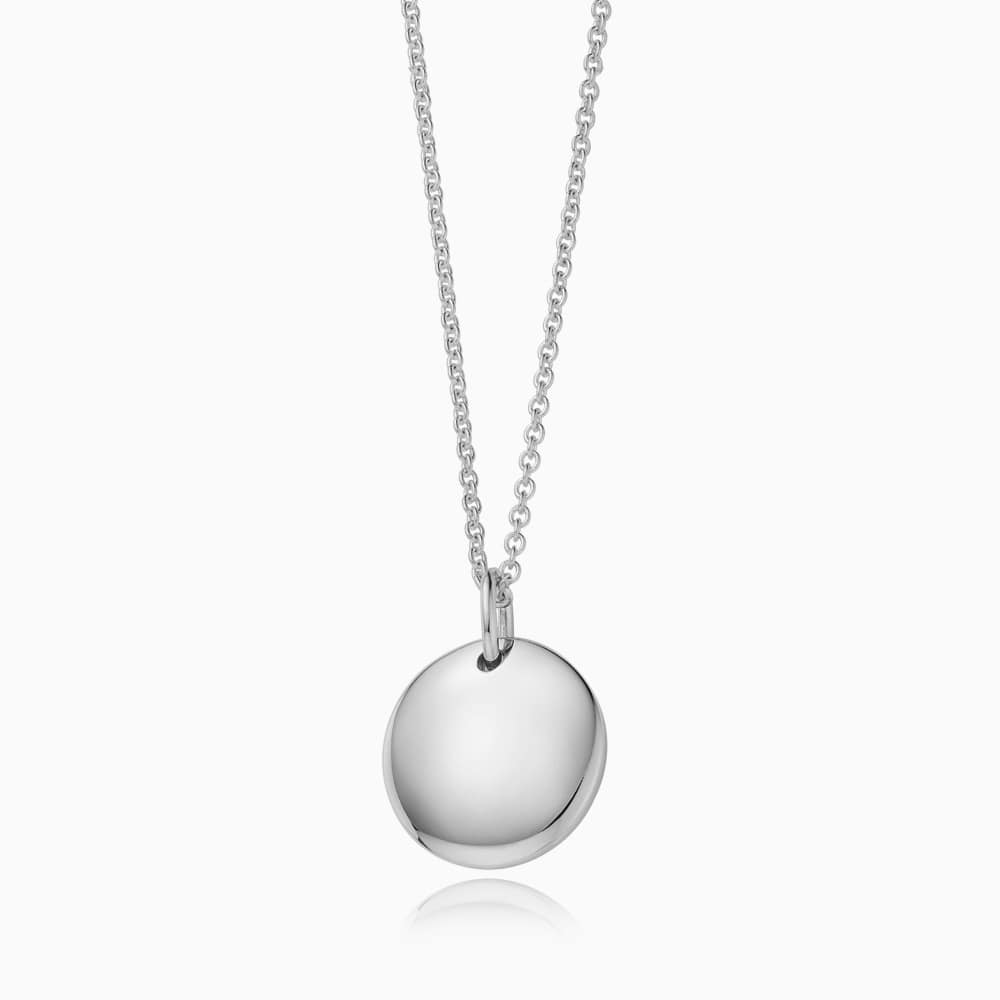 Kaiu Modern shape round silver necklace